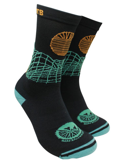 "Factory Second IN SEARCH OF SINGLETRACK ""GRID"" - MTB TECH SOCK"