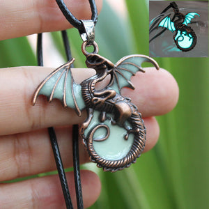 Game-of-Thrones-Inspired Glow in the Dark Dragon Necklace and Amulet