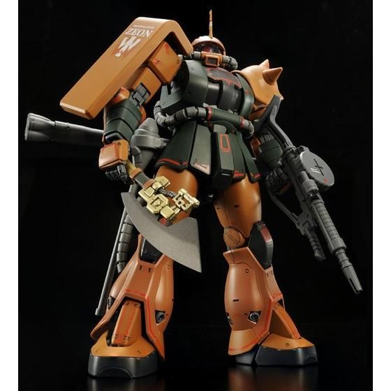 PRE-ORDER [MS-06FS] Zaku II (Garma Zabi Custom) (MG) 1/100 Scale  [P-Bandai] Model Kit [Members]