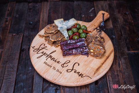 couples gift ideas cheeseboard