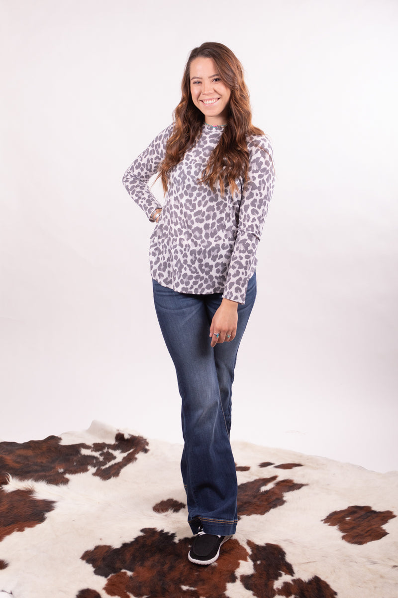 Grey Leopard Thermal Top
