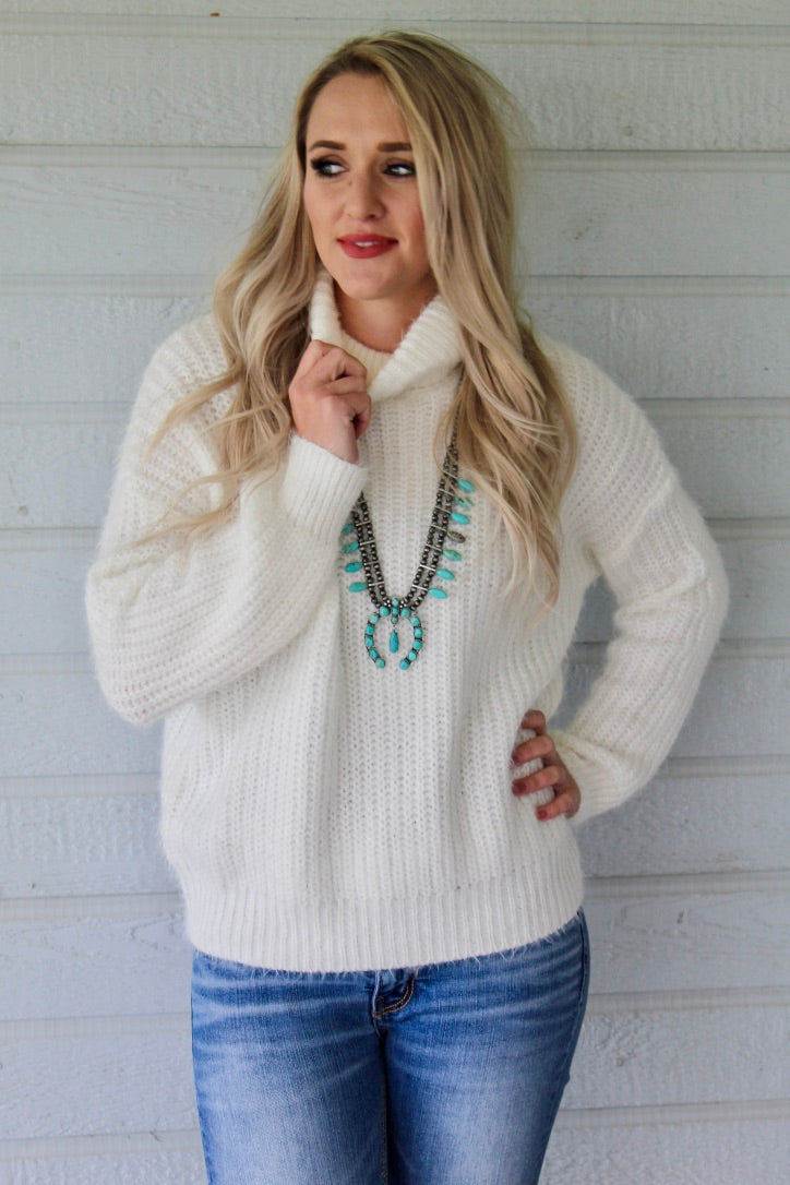 Snow White Sweater Top