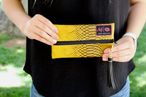 Make Up Junkie Bag: Misc. Wristlet