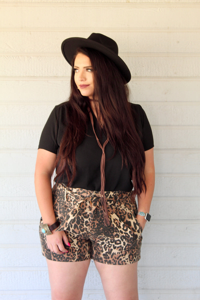 Plus Size Leopard Tie High Waist Shorts