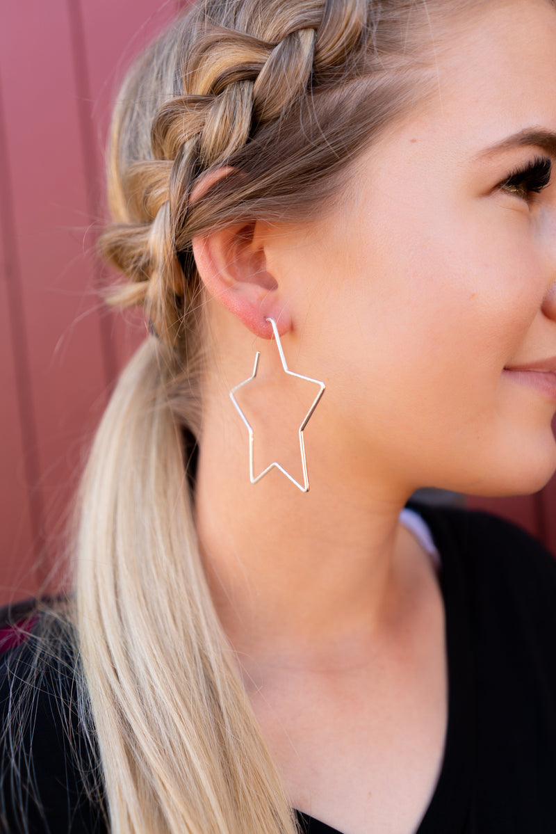 Star Of The Show In Gold Hoop Earrings