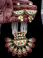 Cargar imagen en el visor de la galería, Big pendant royal necklace earrings set with kundan & meenakari