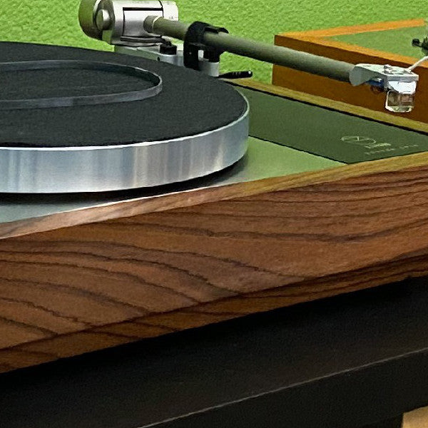 Closeup of Linn Klimax LP12 Woodsong Plinth and Kandid Cartridge
