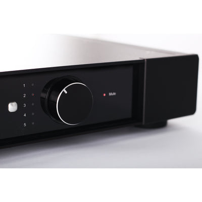 Elicit-R Integrated Amplifier