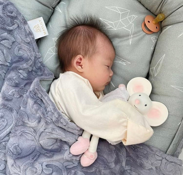 Baby sleeping tips