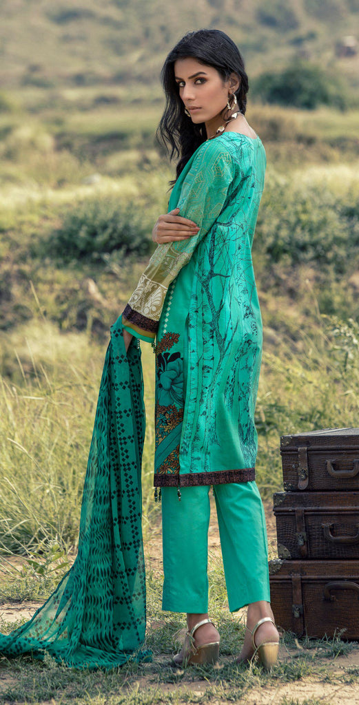 Un-stitched 3pc Printed Embroidered Cambric  Shirt with Printed Chiffon Dupatta RC-179B