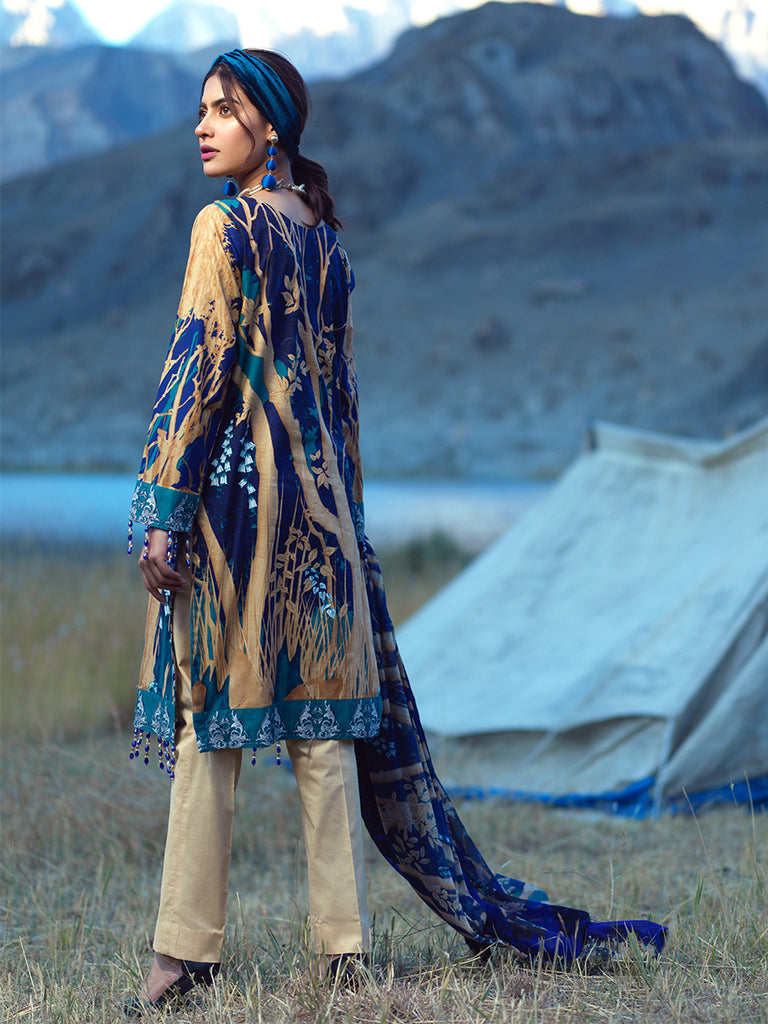 3pc Printed Embroidered Cambric Shirt & Printed Embroidered Chiffon Dupatta - LaRobe (Wk-00566A)