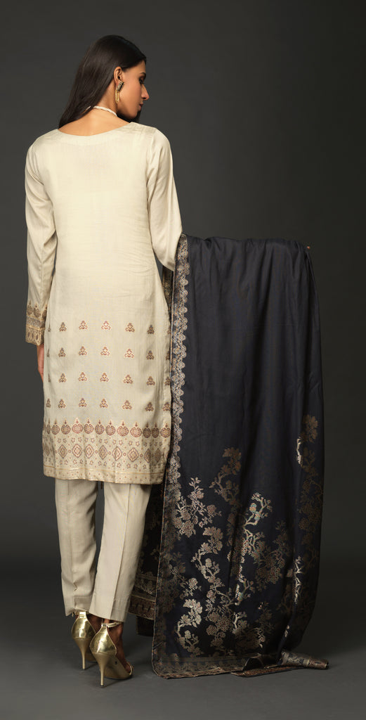 Stitched 3pc Jacquard Shirt with four side Jacquard Dupatta - JacquardClassic (WK-522A)