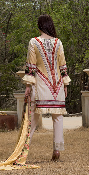 3pc Lawn With Embroidered Front , Dupatta & Trouser Bunches | ( Des#  WK-149 B )