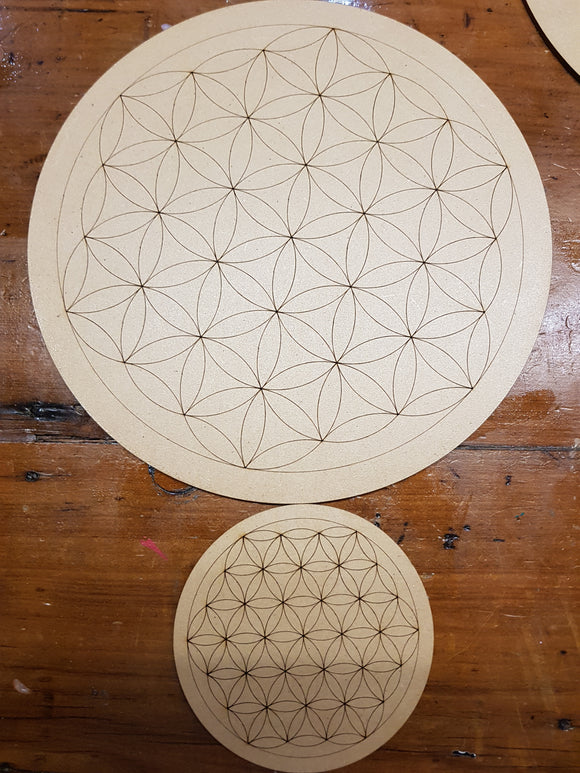 Flower of Life Crystal Grid + baby grid
