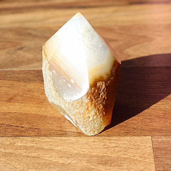 Agate - Natural Generator - little-gems-metaphysical-store