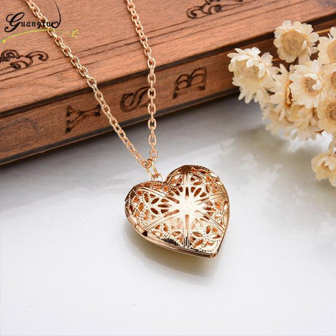 Image of Romantic Heart Shape Pendant Necklace - Cyber Zone Online