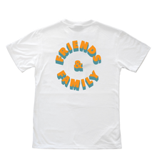 FRIENDS AND FAMILY TEE WHT
