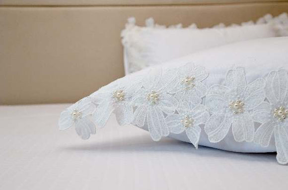 Exquisite White Plain Bedsheet And Pearl Flower Lace  Pillow Cover