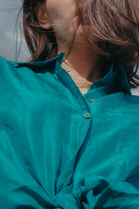 Buttes Chaumont - Turquoise Shirt