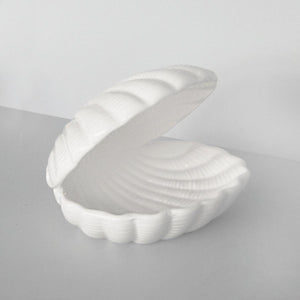 CERAMIC SEASHELL TRAY | WHITE MOOSE