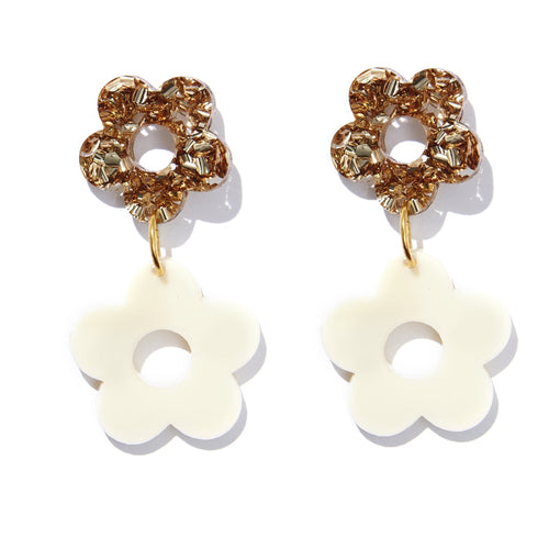 LOLA FLOWER EARRINGS | GOLD GLITTER + CREAM | EMELDO