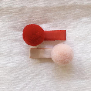 MINI POM POMS HAIR CLIPS PEACH IT