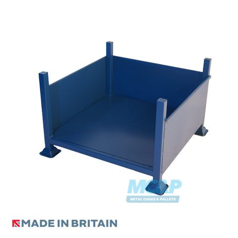 Metal stillage with solid sides and open front for hire