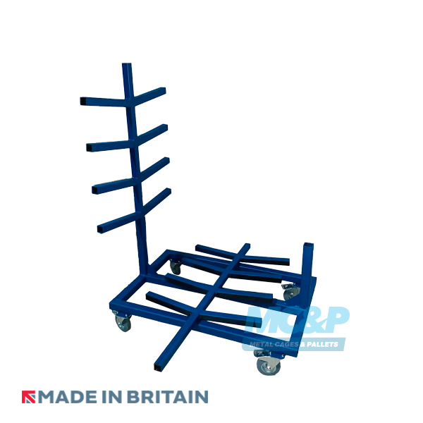 Pipe and rod rack with demountable legs.