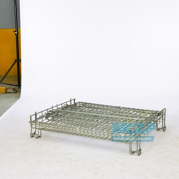 Photograph of our Zinc galvanised, foldable wire mesh pallet cage.
