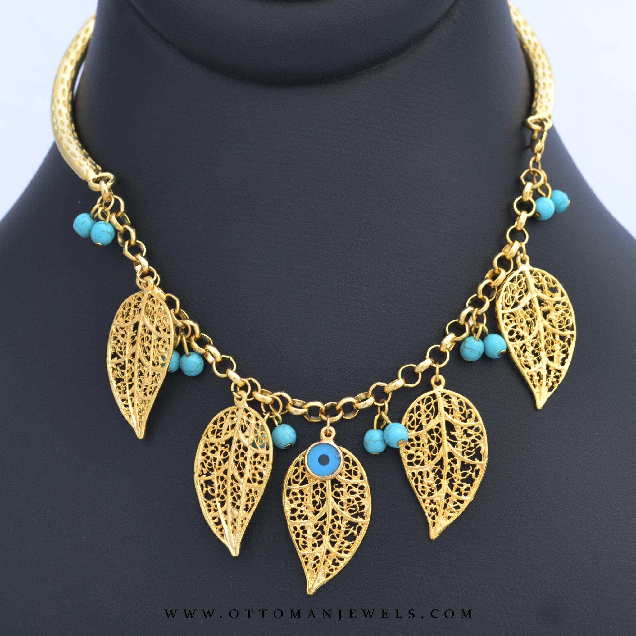 The Current trend of Artificial or Costume Jewellery in Pakistan