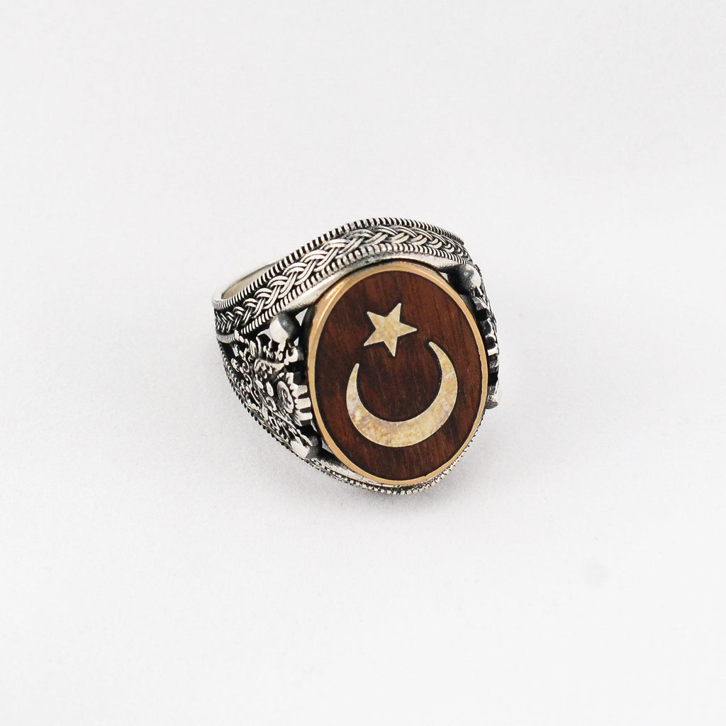 Grand Star & Crescent Ring