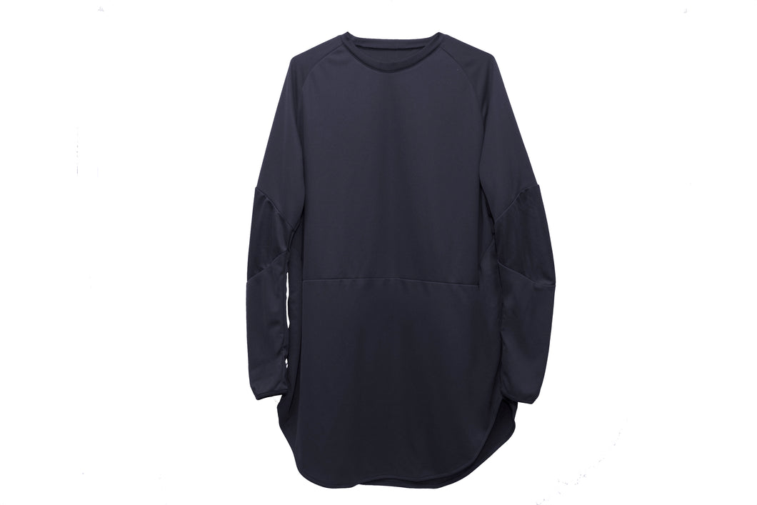 LONG LENGTH LONG SLEEVE T-SHIRT