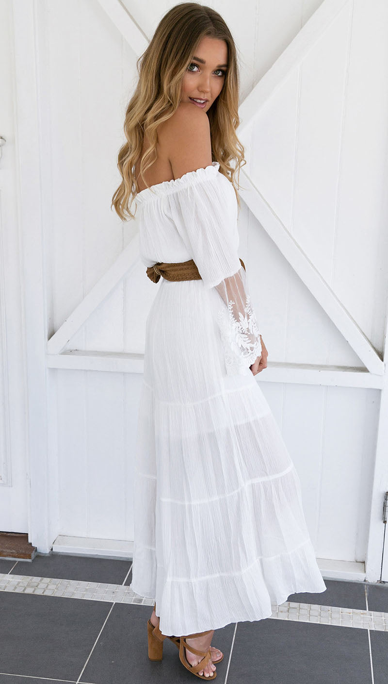 2018 Summer Sundress Long Women White Beach Dress Strapless Long Sleeve Loose Sexy Off Shoulder Lace Boho Cotton Maxi Dress