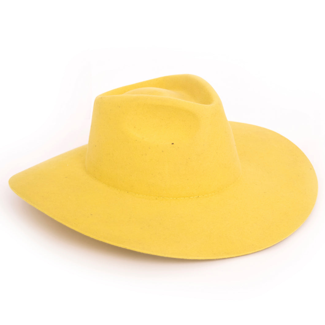 Justiniano Yellow Hat