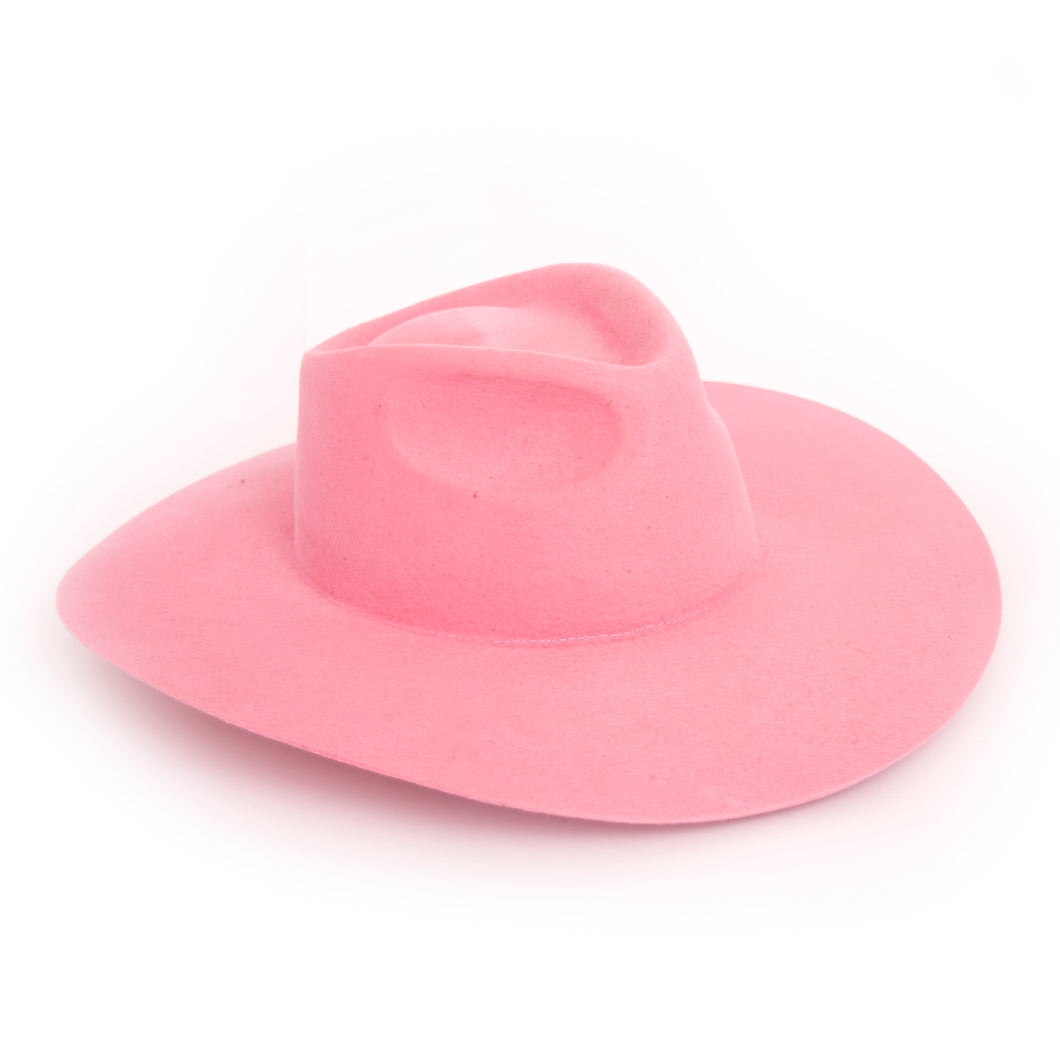 Justiniano Pink Hat