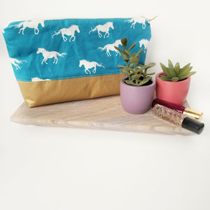 Horses Essential Oil Pouch