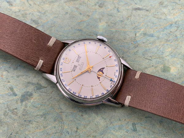 Vintage Alpha Triple Calendar Moon Phase Base Metal Top/ Stainless Steel Back Hand-wind Mechanical