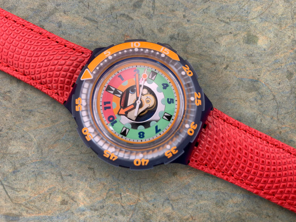 Vintage NOS Swatch Originals Scuba 200 Lobster SDN118 Plastic/Leather Quartz 1995 RARE!