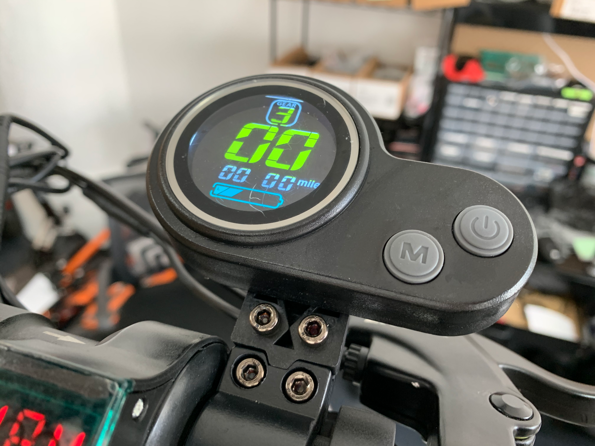 New LCD Display with the Thumb Throttle