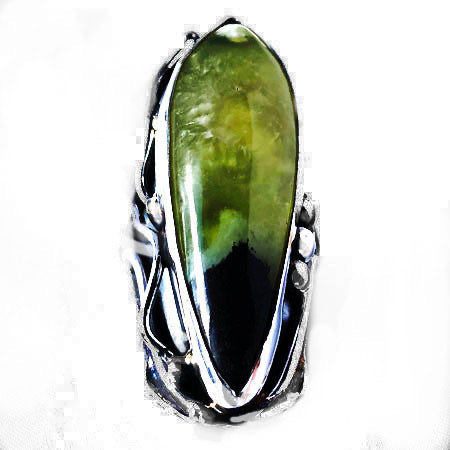 Green Chrysoprase set in Sterling Silver Ring