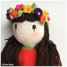 Knitting pattern for Ada , the doll of the apples.