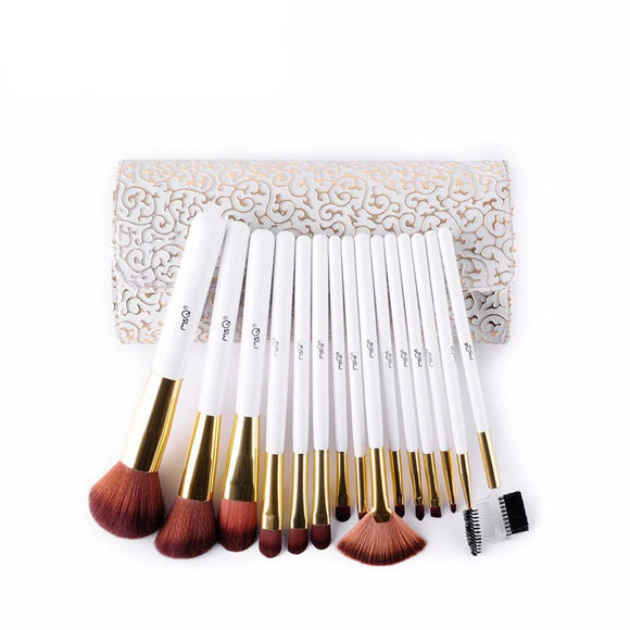 Soft & Sweet 15 Piece Pro Brush Set With Case
