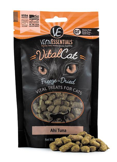 Vital Essentials Ahi Tuna Freeze-Dried Raw Grain-Free Cat Treats, 1.1oz.-Le Pup Pet Supplies and Grooming