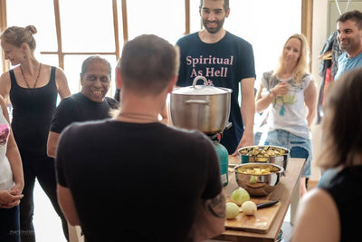 Mysore practice and ayurvedic cooking with Manju P. Jois - 07/2019