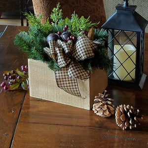 H1005 Christmas Arrangement Brown