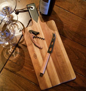 M1010 Cheese Board, Knife and Cork Screw