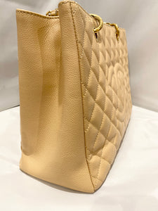 Chanel- Caviar Beige GST With GHW