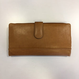 Ladies Clutch Wallet by ILI New York