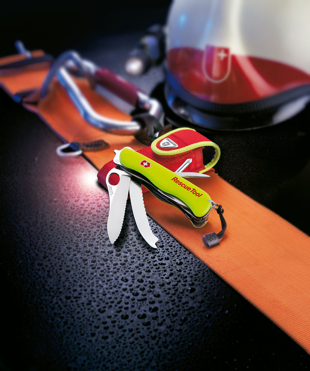 Swiss Army Victorinox- The Rescue Tool