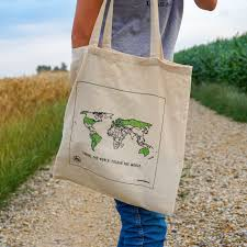 WORLD Tote with Pen: Track Places Visited!